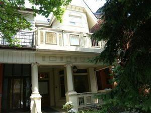 euclid unfurn summer 3bd 2800 apartment