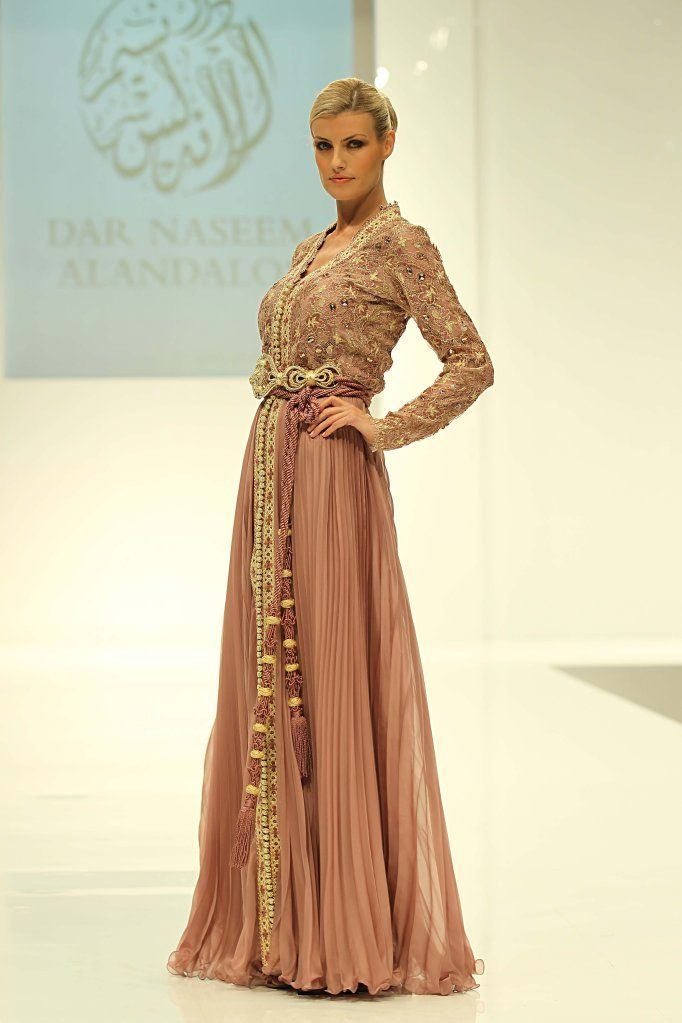386 best images about caftan maghribi on pinterest for Salon maghribi