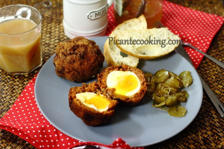 Яйца по-шотландски с чоризо (Chorizo Scotch Eggs)