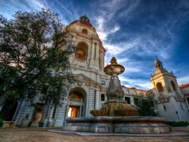 Pasadena Wedding Locations Yup You Can Get Married At The Spectacular City Hall California