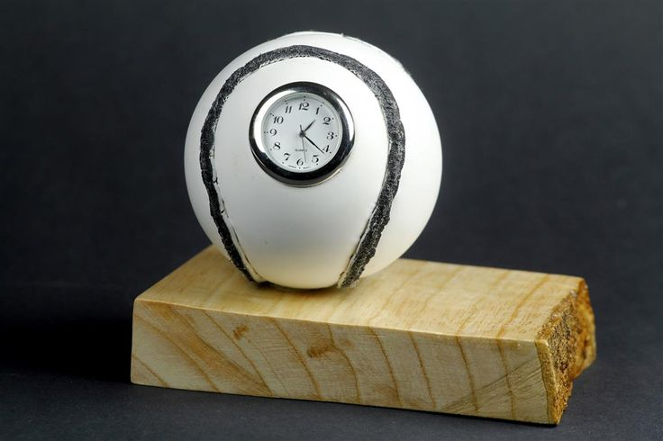 Sliotar Clock