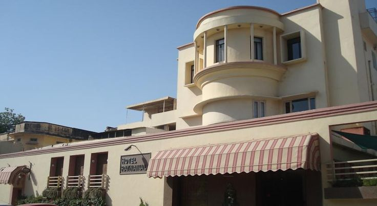 Hotel Ratnawali - A Pure Veg Hotel Jaipur Hotel Ratnawali is located in central Jaipur City along M.I. Road, a 3-minute walk to Raj Mandir Theatre. The hotel offers a restaurant, free WiFi and free parking.  Each of the air-conditioned rooms are equipped with a flat-screen TV and minibar.