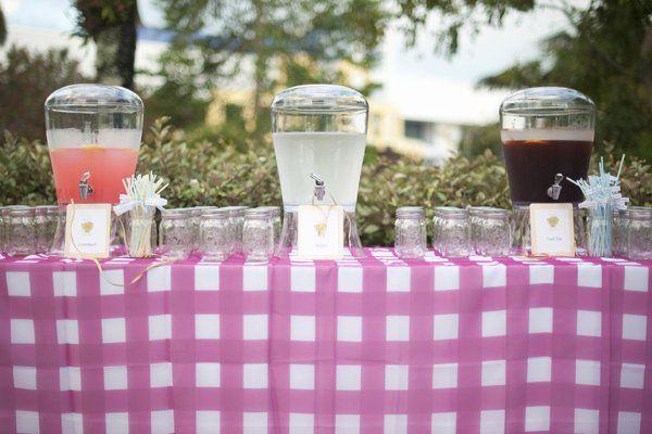 Serve refreshing, seasonally-appropriate drinks, like lemonade and iced tea.Photo Credit: Justin