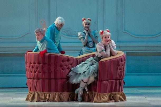 Elegante e incisiva La Cenerentola di Rossini messa in scena da Emma Dante all'Opera di Roma. - Danza Effebi