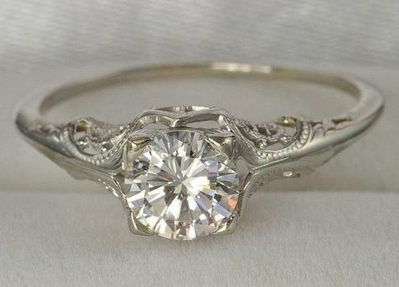 100 Simple Vintage Engagement Rings Inspiration (48)
