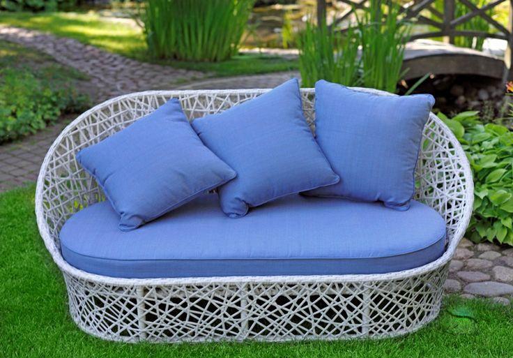 голубые подушки в интерьере: 5 тыс изображений найдено в Яндекс.Картинках