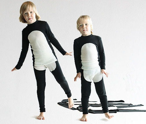 pinguins move to costumes