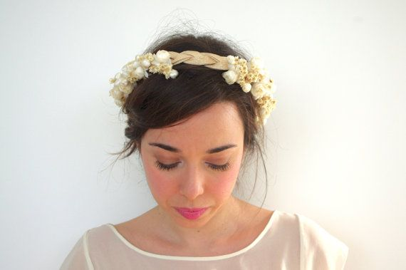 Straw braid crown with silk and dried by PapillonsDeLeticia