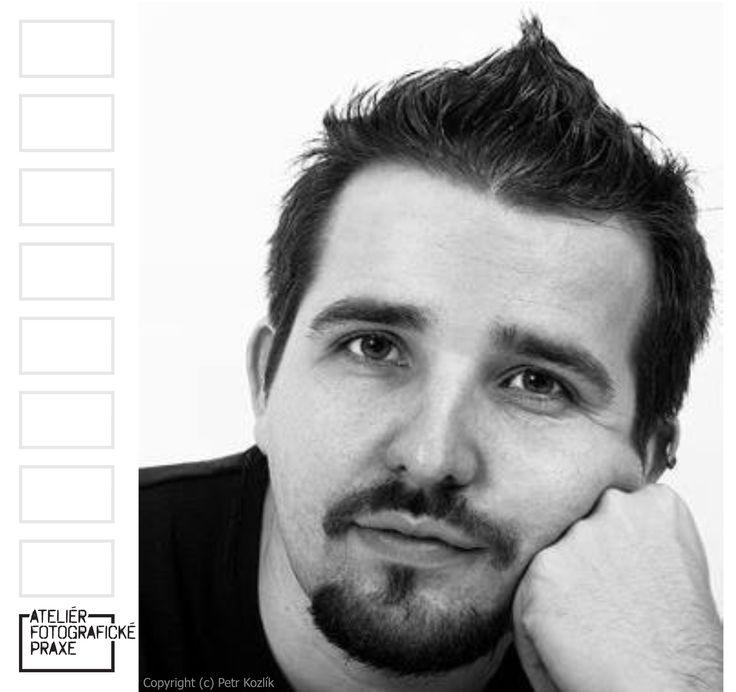 Přečtěte si rozhovor s fotografem Petrem Kozlíkem, který je mistrem v propojování starého a nového. http://afop.cz/blog/osobnost/desatero-pro-petra-kozlika-ve-stylu-sedesatek/ #osobnost #fotografovani #fotoaparát #workshop # #fotografie #fotokurz