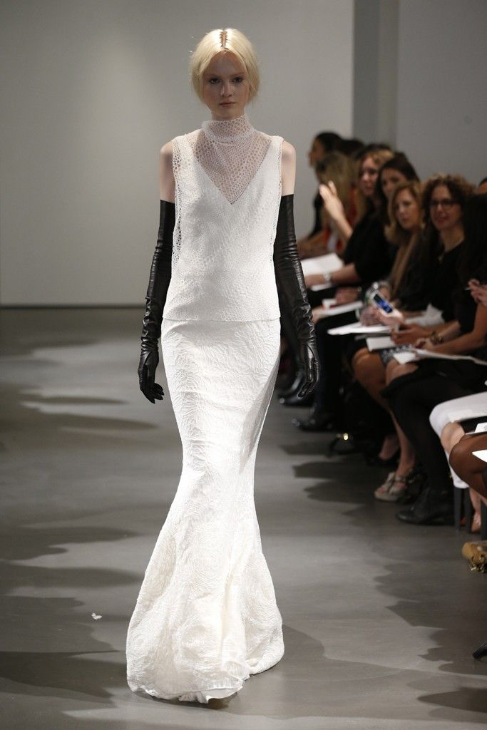 Now that's a sick look for your weeding// Vera Wang