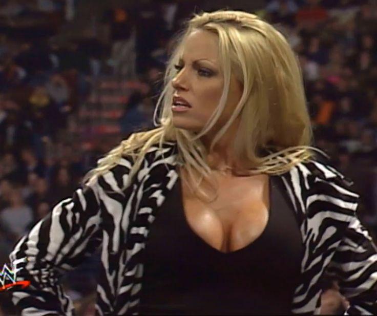 26 best wrestling images on pinterest professional for Diva 2000