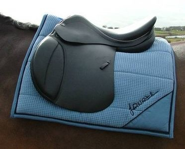 How to Make a Saddle Pad thumbnail
