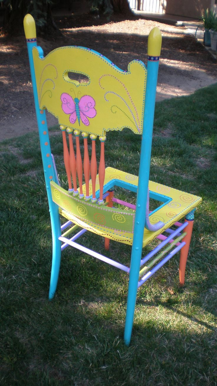 Ideas for hand painted chairs - Backside Of Garden Pot Chair