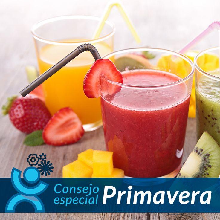 Cuando aprieta el calor y llega el buen tiempo, es recomendable tomar líquido en abundancia para ayudar a nuestro organismo a que recupere el líquido perdido. Tomar zumos naturales te ayudará a hidratarte y a disfrutar de los beneficios de las #frutas