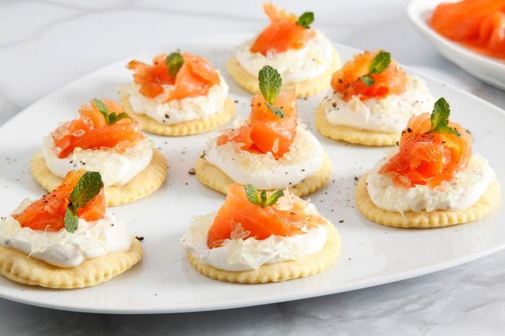 Tartine ricotta, salmone e caviale di limone ricetta