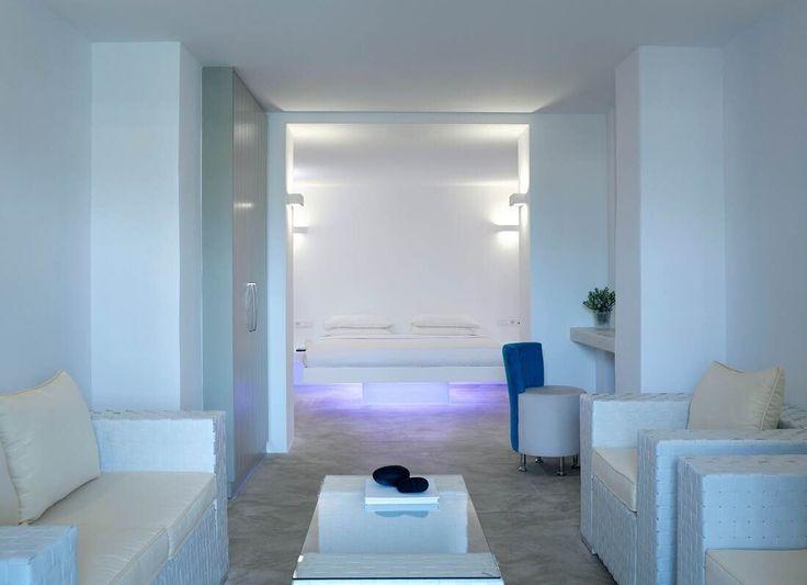 Aurora Luxury Hotel & Spa Ημεροβίγλι, Σαντορίνη  by Avant Garde design SA