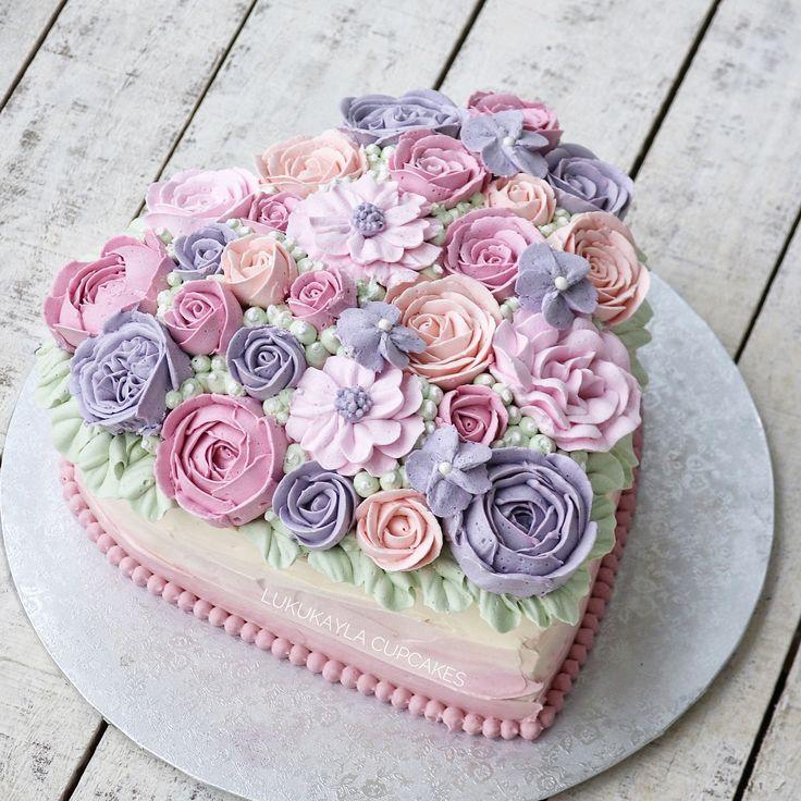 Heart flower buttercream cake Birthday cake for mom