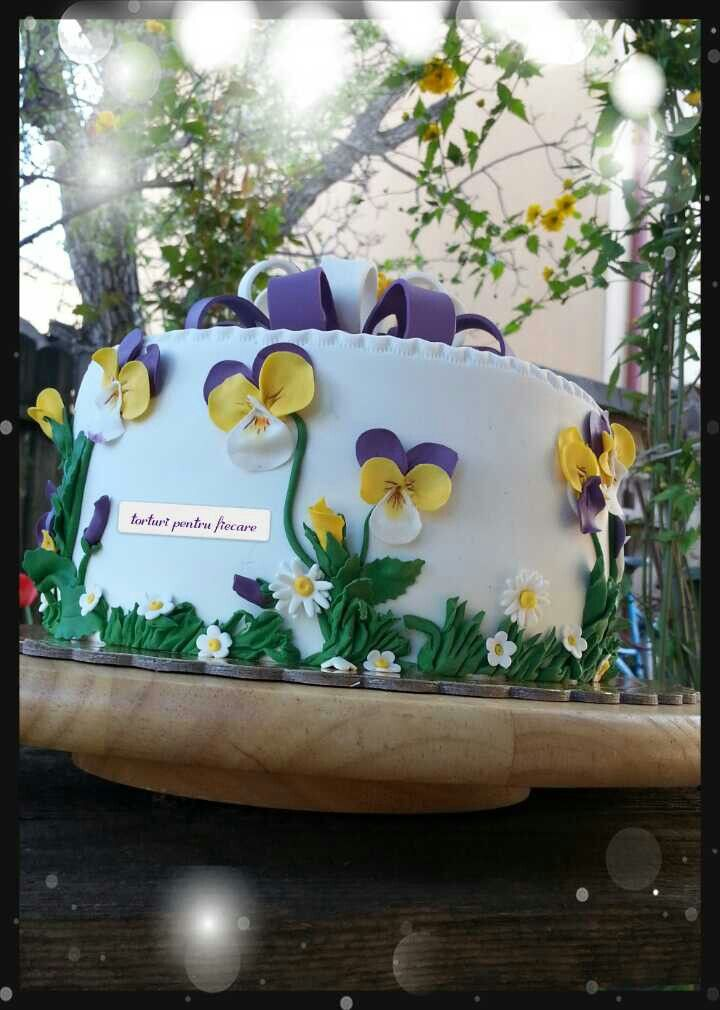 Pansy cake2