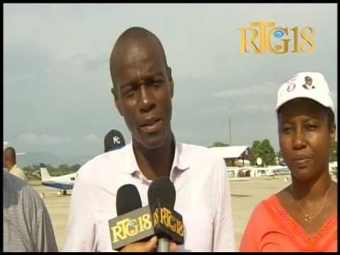 Jovenel Moise, le candidat du PHTK en visite après le passage de l'ouragan Matthew.