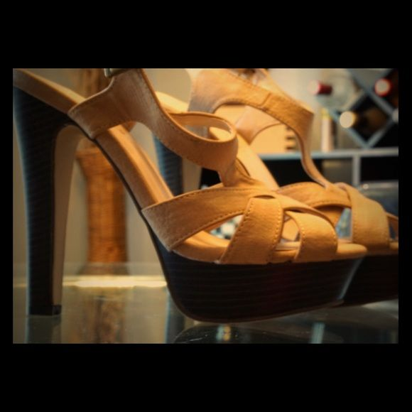 Neutral high heel strappy sandals Madden girl tan high heel sandals that are actually comfortable to walk in! Only wore once. Madden Girl Shoes Sandals
