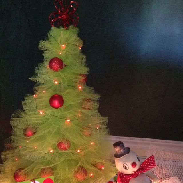 Tulle Christmas tree from Pinterest tutorial