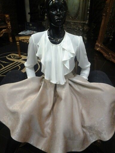 Cream silk chiffon blouse with a flounce and a flared stone skirt ♥♡♥