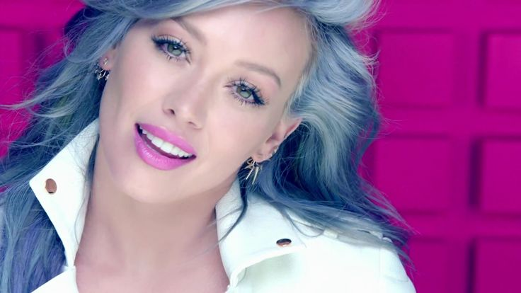Hilary Duff S Sparks Video Singer Rocks Blue Hair In: 1490 Best Hilary Duff Images On Pinterest