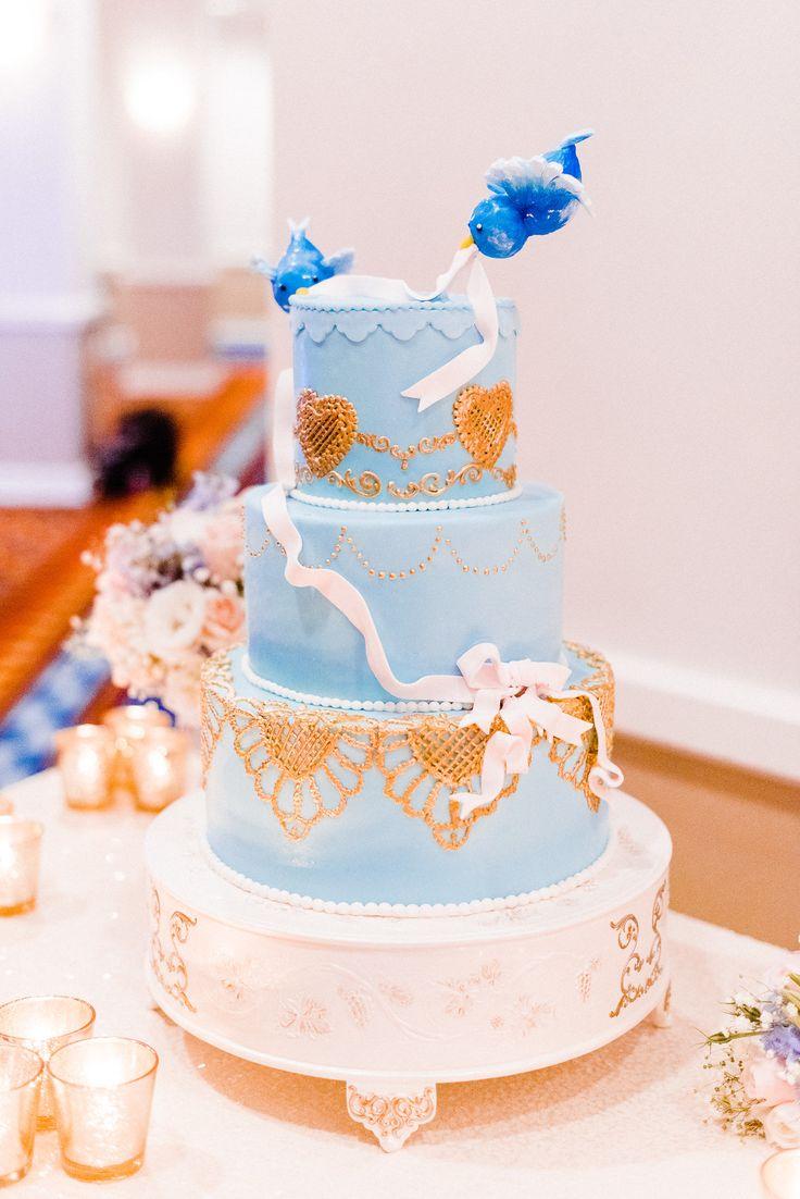 cinderellthemed wedding scroll invitations%0A Cinderella Themed Cake