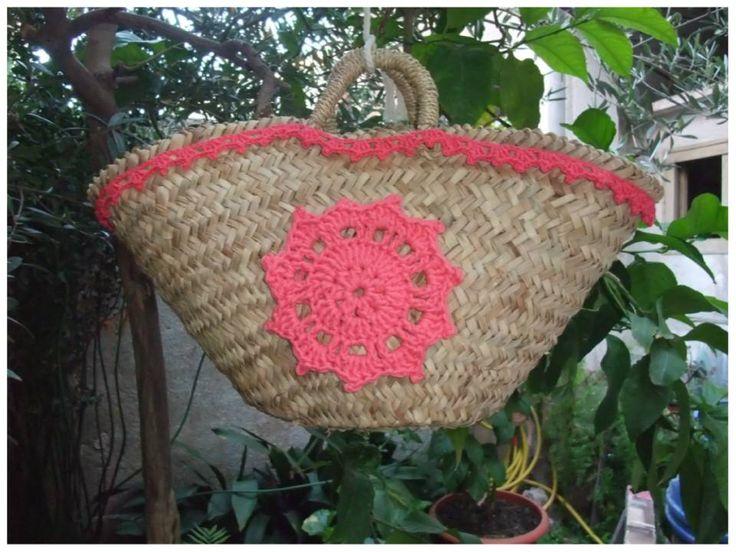 Capazo de mimbre o pita argelino con estrella y cenefa de - Adornar cestas de mimbre ...