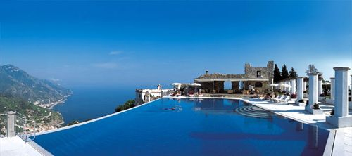 #Hotel Caruso Belvedere pool, #Italy #travel