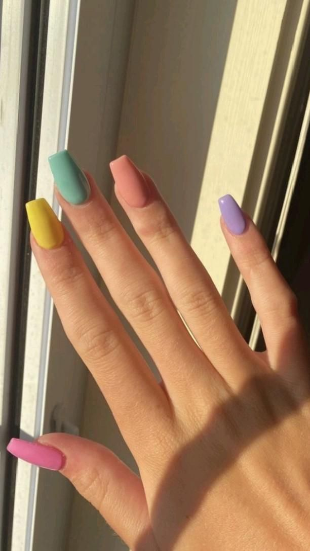 acrylic Nails: An immersive guide by DIY Hacks