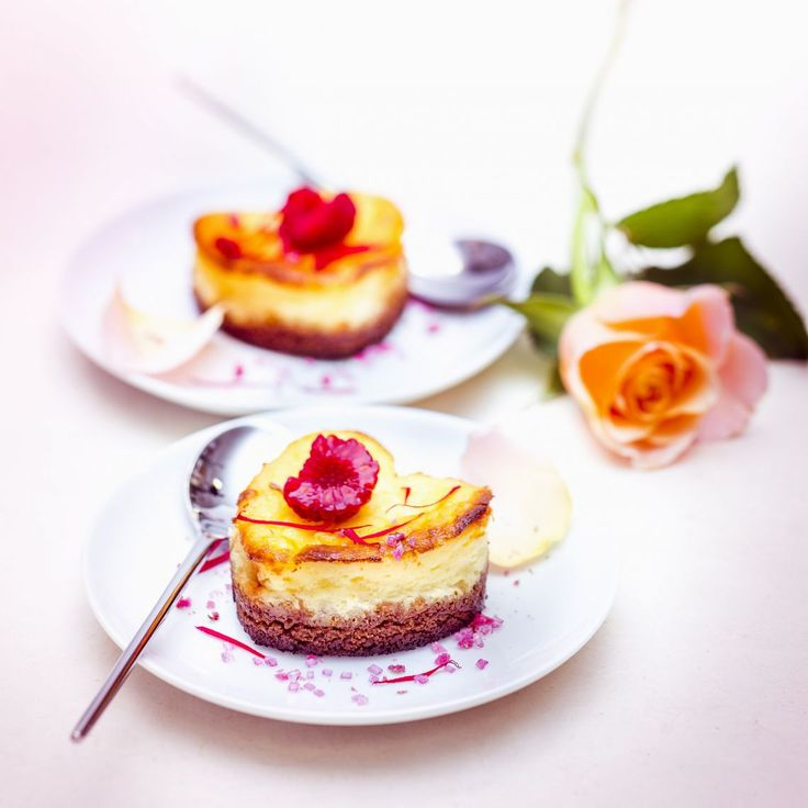 Receita de Cheesecake de Água de Rosas e Framboesas na Cuisine Companion