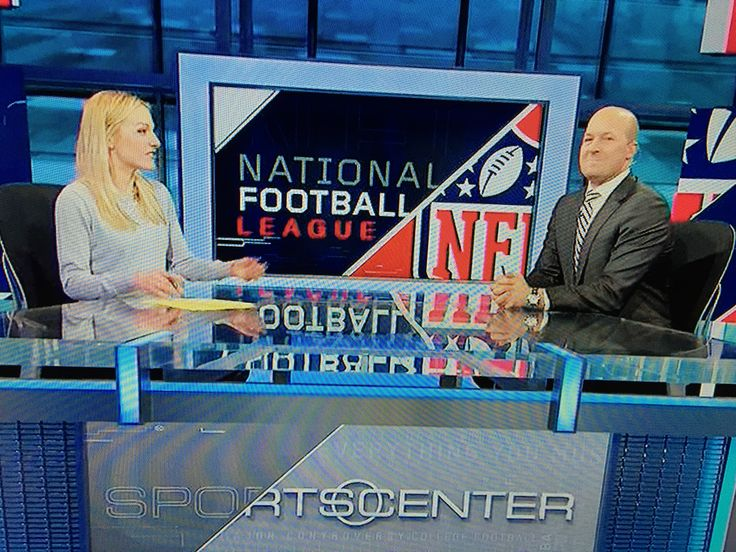 Lindsay Czarniak and Tim Hasselbeck
