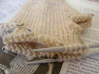 Eksperymenty z drutami: Jak zrobić rękawiczki z pięcioma palcami?