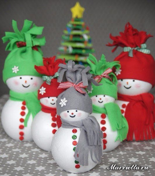 Como hacer muñecos de nieve con esferas unicel02
