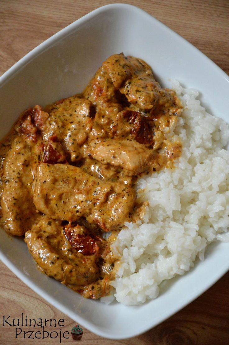 Kurczak w kremowym sosie z suszonymi pomidorami, Kurczak w kremowym sosie, Kurczak z suszonymi pomidorami, szybki kurczak z ryżem i suszonymi pomidorami