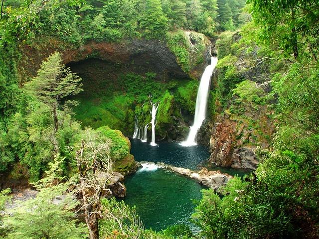 Salto Huilo Huilo, Chile: Beautiful Natural, Huilo Huilo, Buckets Lists, Salto Huilo, Madr Naturaleza, Google Search, Places I D, Huilohuilo, Buckets Listtravel