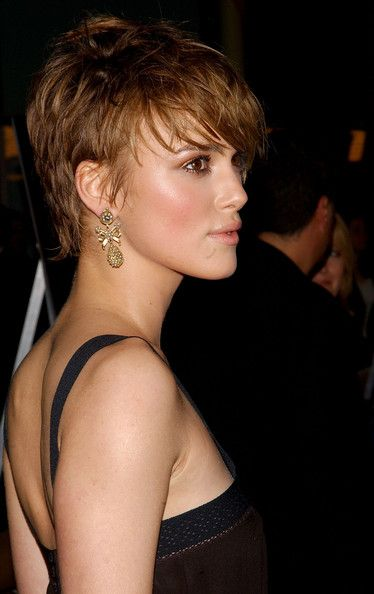 More Pics of Keira Knightley Short Straight Cut