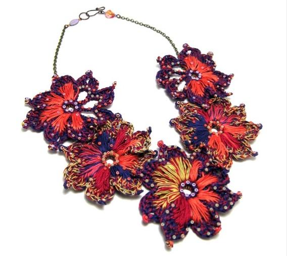 Sara Pacciarella- Perline di saggezza-Collana floreale *Anemone*/ *Anemone* floral necklace