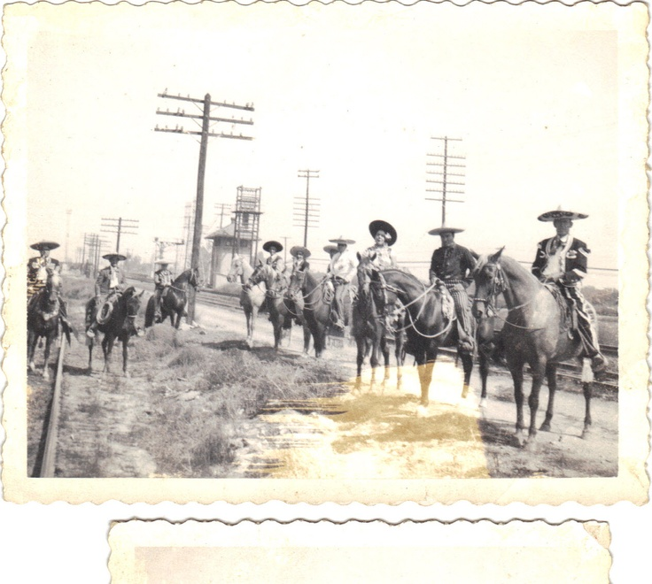 Los Charros, Colton and San Bernardino, California riding group we rode with a few times.