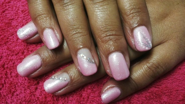 LOGIK GEL POLISH IN BLINK PINK AND SHIMMER COAT