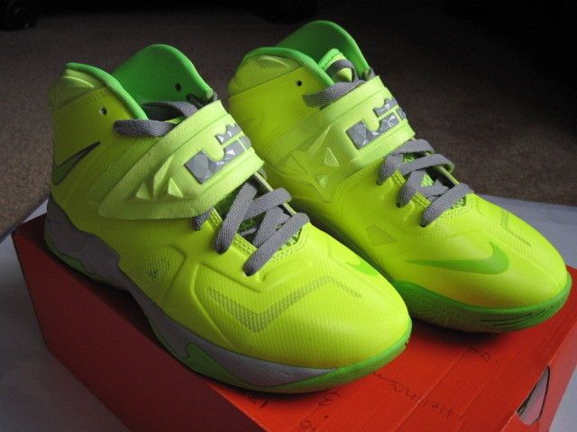 outlet store 23468 3ea70 lebron soldier 7 green