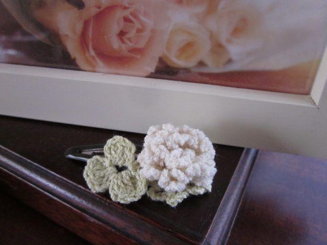 シロツメクサのSWEETヘアピン#89の作り方 編み物 編み物・手芸・ソーイング アトリエ 手芸レシピ16,000件!みんなで作る手芸やハンドメイド作品、雑貨の作り方ポータル