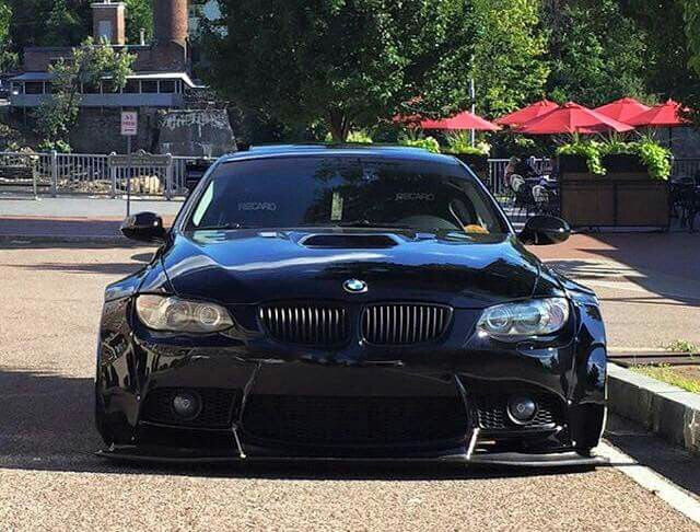 BMW E92 M3 black widebody