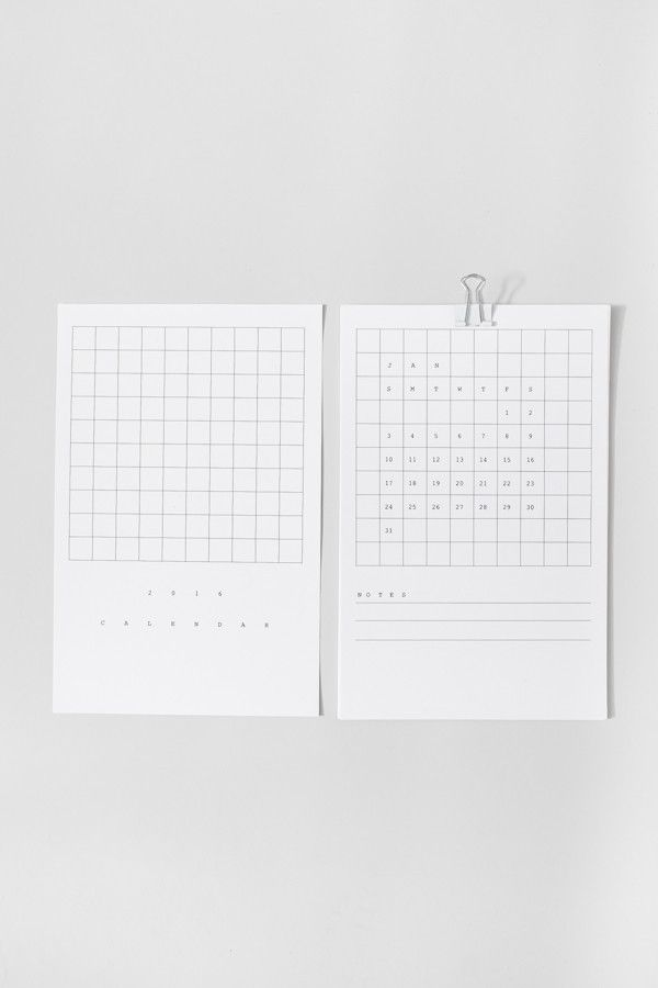2016 Grid Desk Calendar by Lille Mous. Features note
