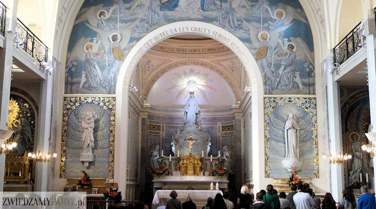 Kaplica Matki Bożej Cudownego Medalika to miejsce często pomijane w przewodnikach, na szczęście nie przez samych wiernych. Sanktuarium to jest