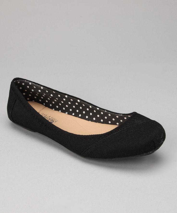 Black Flat Ballet Shoes