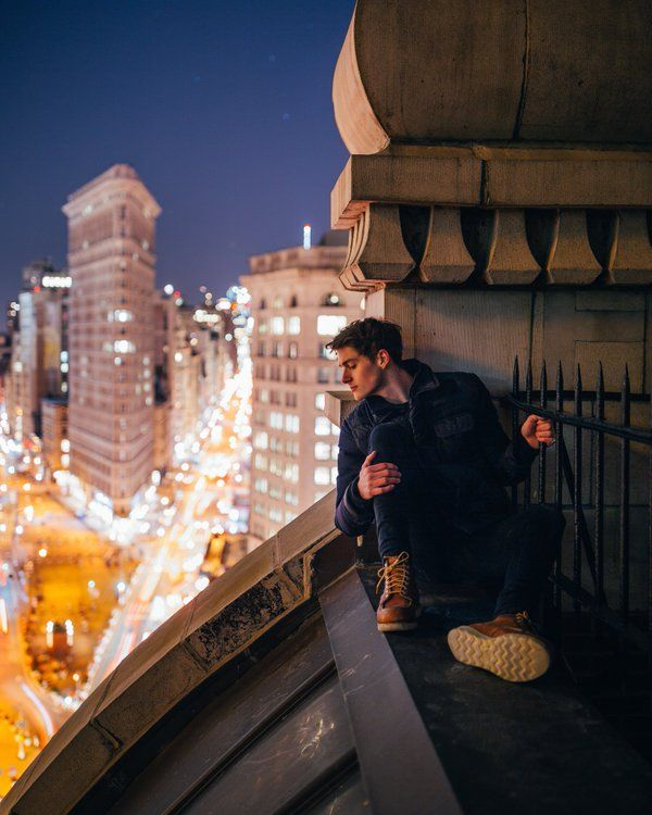 Finn Harries (@FinnHarries) | A quiet spot above the madness below.