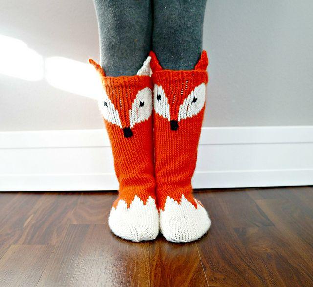 Ravelry: Little Foxy Socks pattern by North Star Knits
