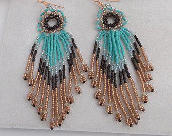 MARKDOWN!  Zaad kraal zuidwestelijke handgeweven ronde Lace kroonluchter oorbellen in Turquoise, Brown en koper, Swarovski kristallen in de marge